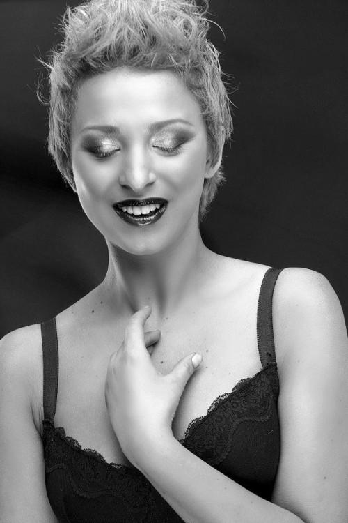 Laura Sezen