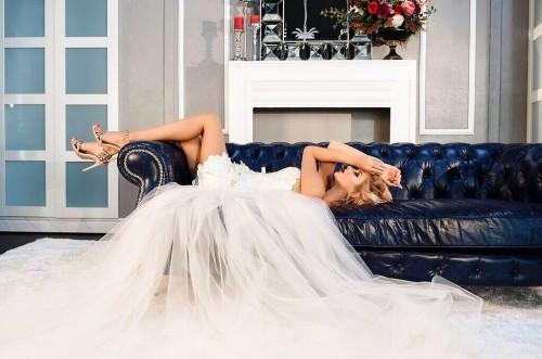 katerina fetisova. photoshoot, weddingday, the loft studio, ekaterina photographer, loft studio, mua, photoshoot, abudhabi, makeup, weddingdress, hairstyle, brides, look