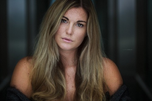 Photographer : Gaëtan Habrand I Fashion Photographer. Model : Julie Mawet