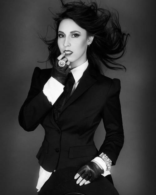 Model Michelle Ohlendorf. HUM Ibtisem Ibti Sem