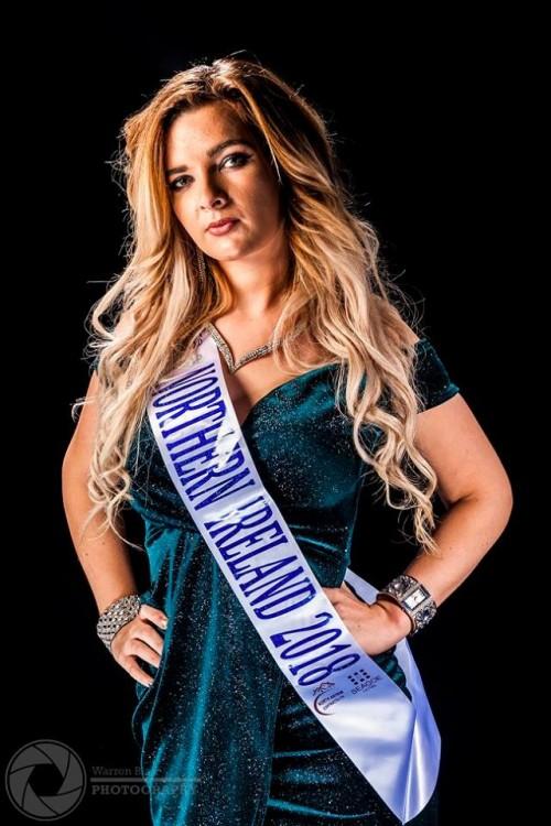 Model: Christina Wroot